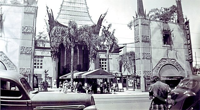 ChineseTheater1.jpg