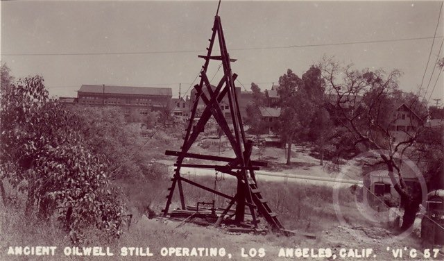 OilWell1900s.jpg