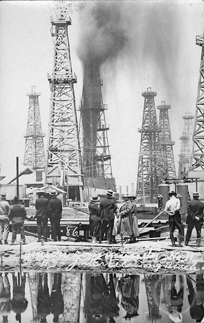 OilWellGusher2.jpg