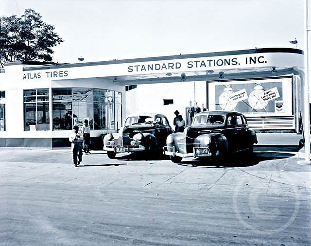 StandardStation40s.jpg